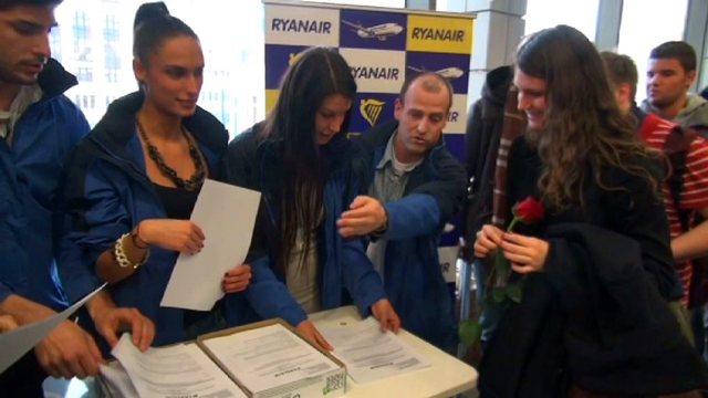 Ingyenjegyeket osztott a Ryanair