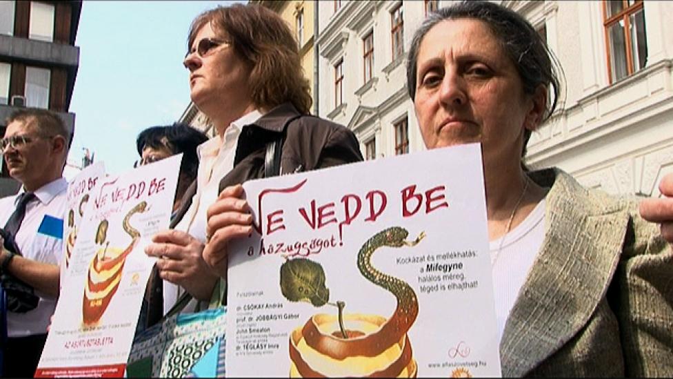 A magyarok abortuszai teszik boldoggá a Sátánt