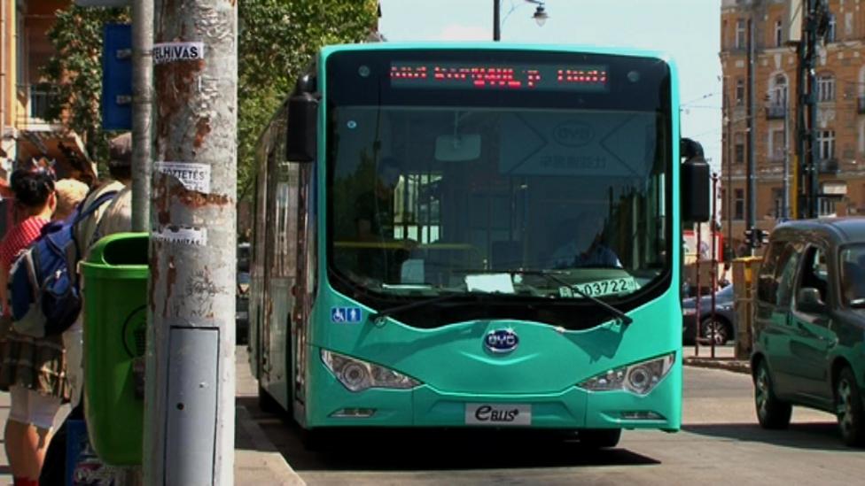 Kínai villanybusz válthatja az Ikarusokat