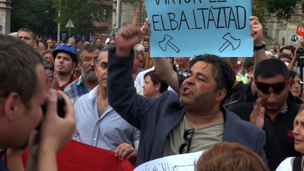 Orbán, ha férfi vagy, egyedül gyere ide!