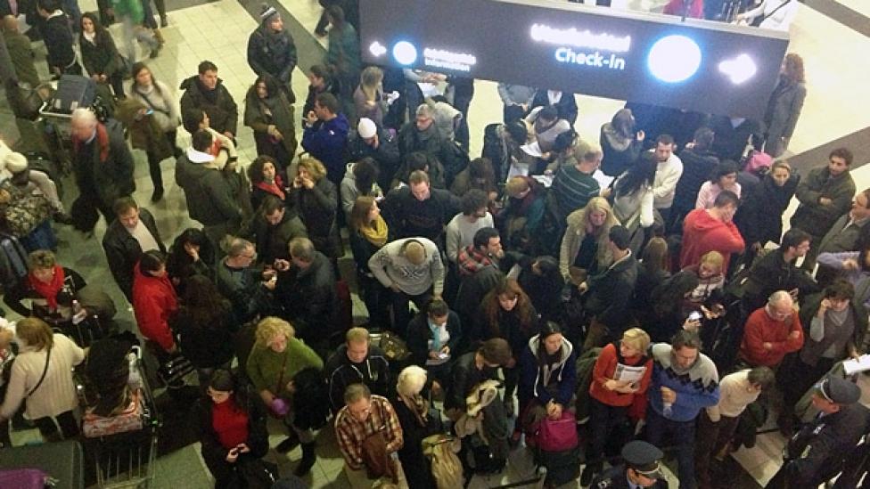 Káosz a reptéren