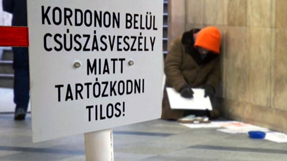 Új trükköt talált a főváros a hajléktalanok eltüntetésére