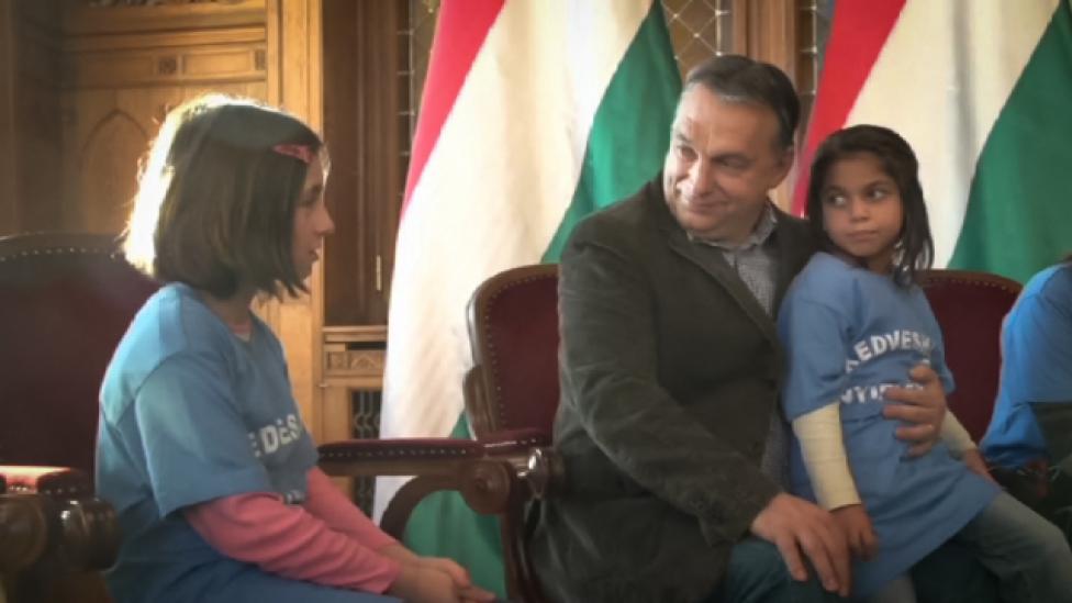 Orbán már ejött, a Jézuska mégsem fog