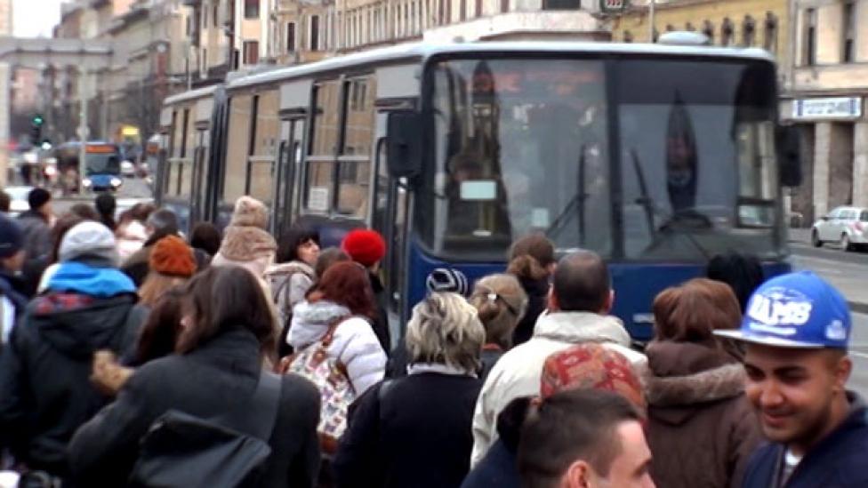 Négy jegyvásárló utas tíz perc késést jelent