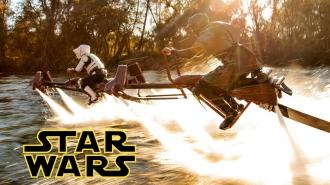 Igazi Star Wars járgányokon száguldoznak!