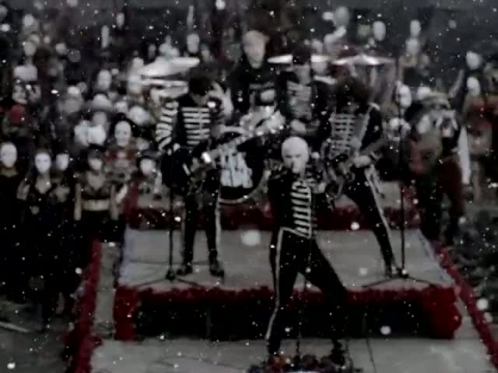 My Cheamaical Romance - Welcome To The Black Parade (Official Music Video) (HD)