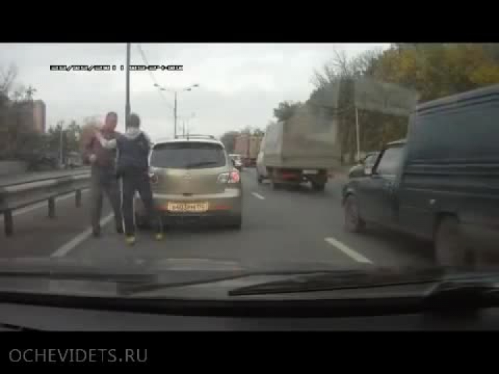 road rage in Russia caught on dash cam