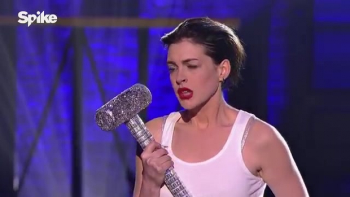 Lip Sync Battle: Anne Hathaway's Wrecking Ball vs. Emily Blunt's Piece of My Heart