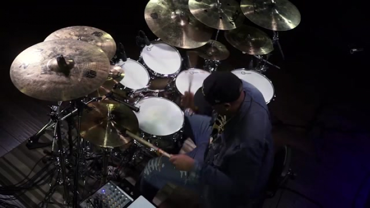 Eric Moore groove