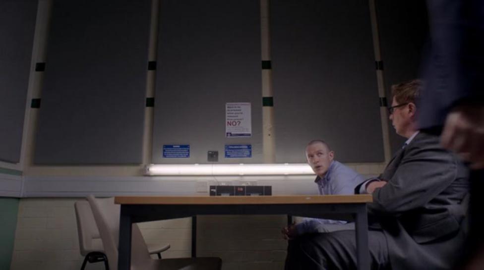 Manchester sötét oldalán 1. évad 3. rész