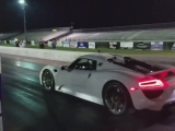 Porsche 918 vs. LaFerrari at San Antonio Raceway