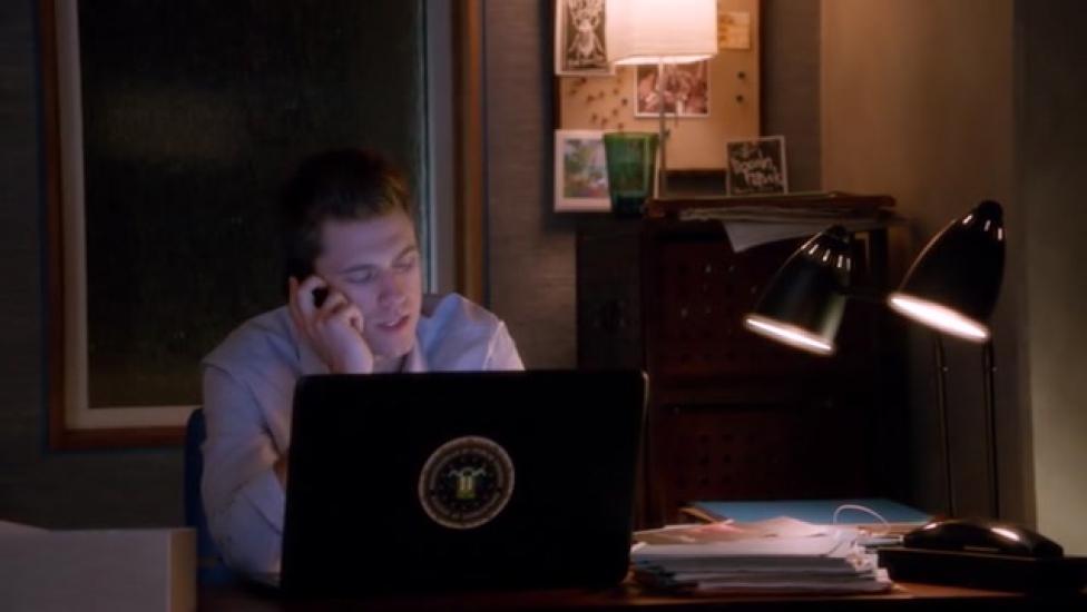 Graceland - Ügynökjátszma 2. évad 3. rész